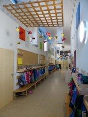 Garderobe im Kindergarten